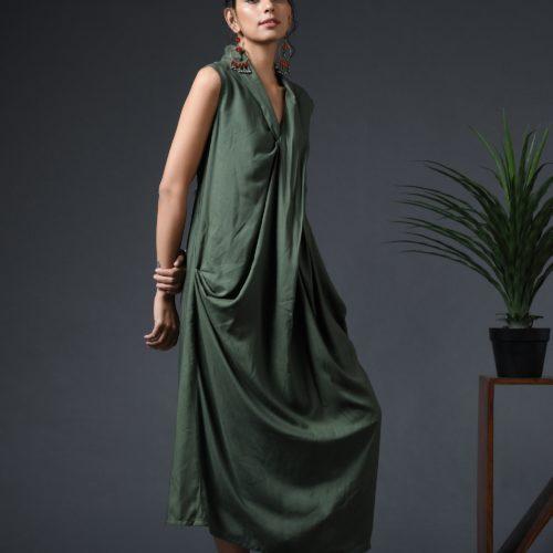 Cowl sleeveless dress Front