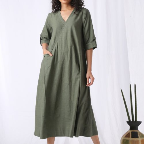 Slouchy dress olive green Front 2